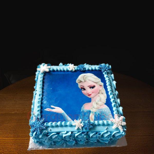 aquamarine frozen cake