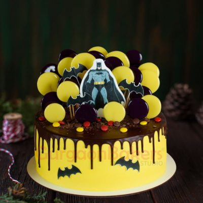 batman rises cake
