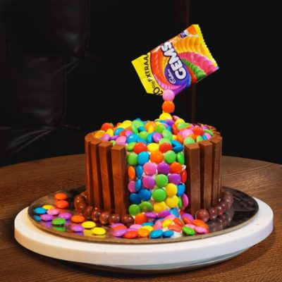 candy fountain cake