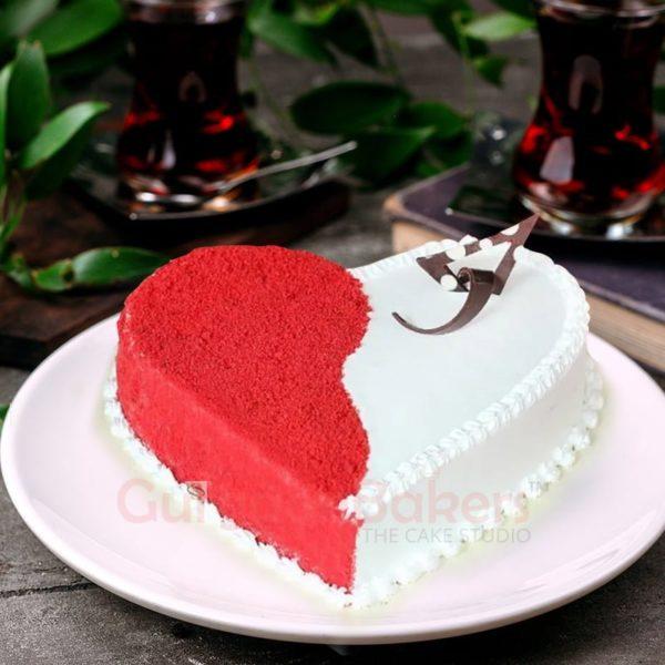 classic red velvet heart cake