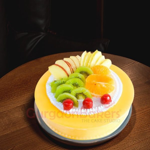 delectable fresh fruit cake
