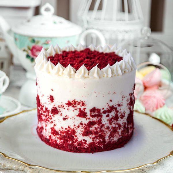 delectable red velvet cake