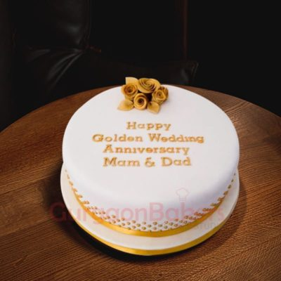 golden rich anniversary cake