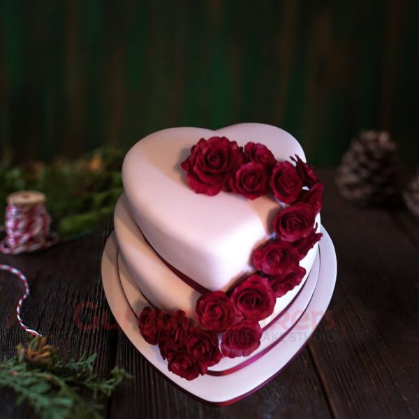 heart of hearts simple wedding cake