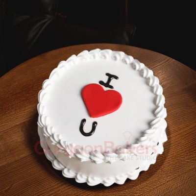 i heart uou white forest cake