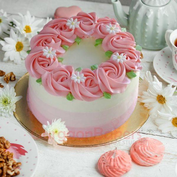 pastel pink roses cake