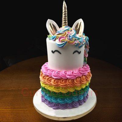 pastel rainbow unicorn cake