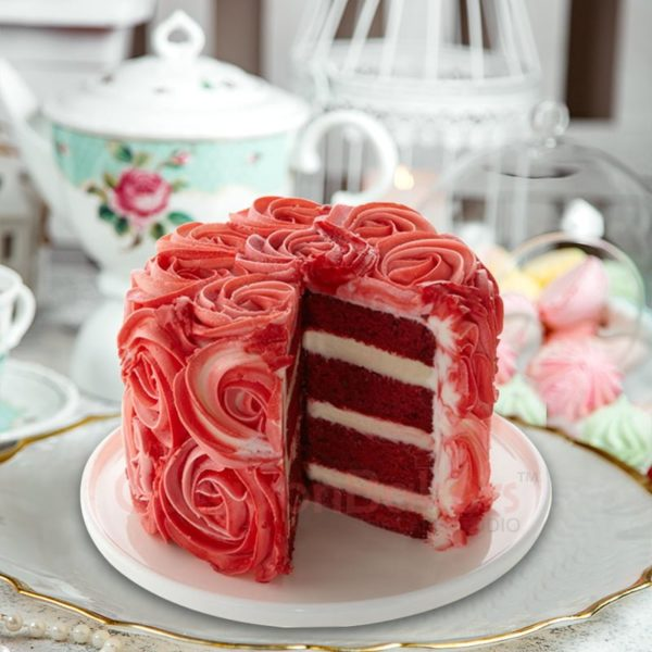red velvet rose cake