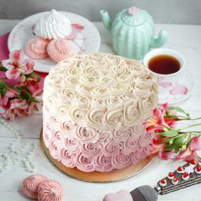 ruffles and everything nice cake