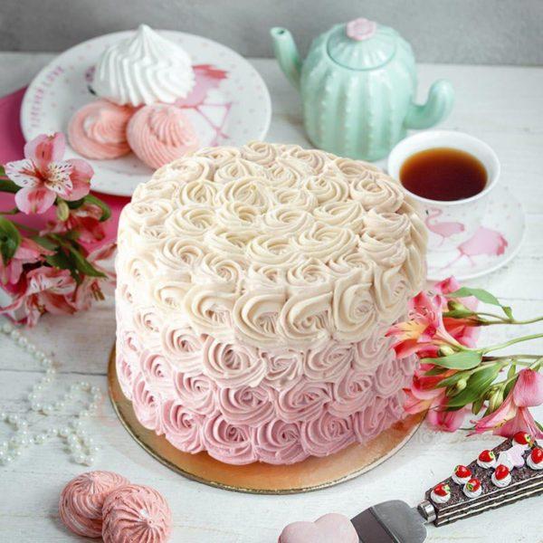 ruffles and everything nice cake
