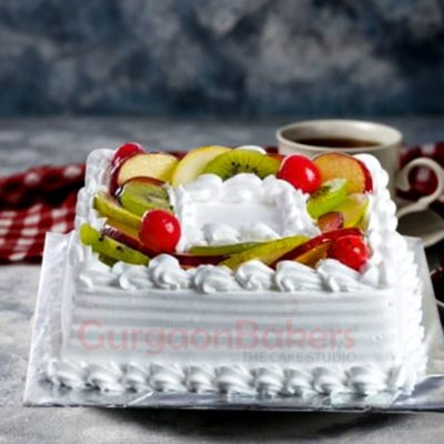seasonal fresh fruits cake