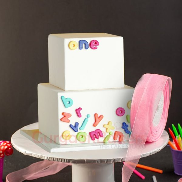 stylish alphabets and numbers cake