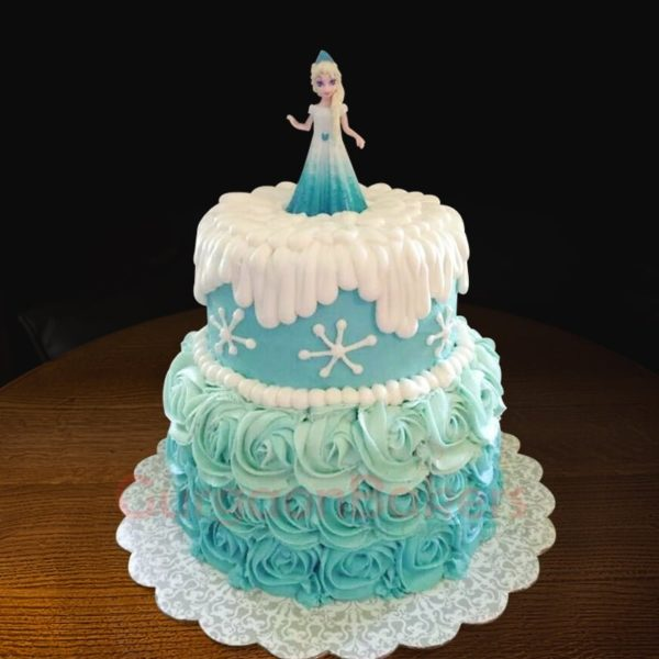 swirly elsa cake