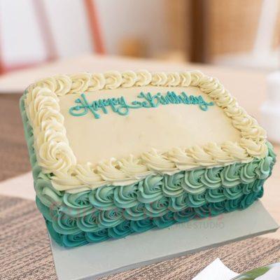 vintage vanilla birthday cake