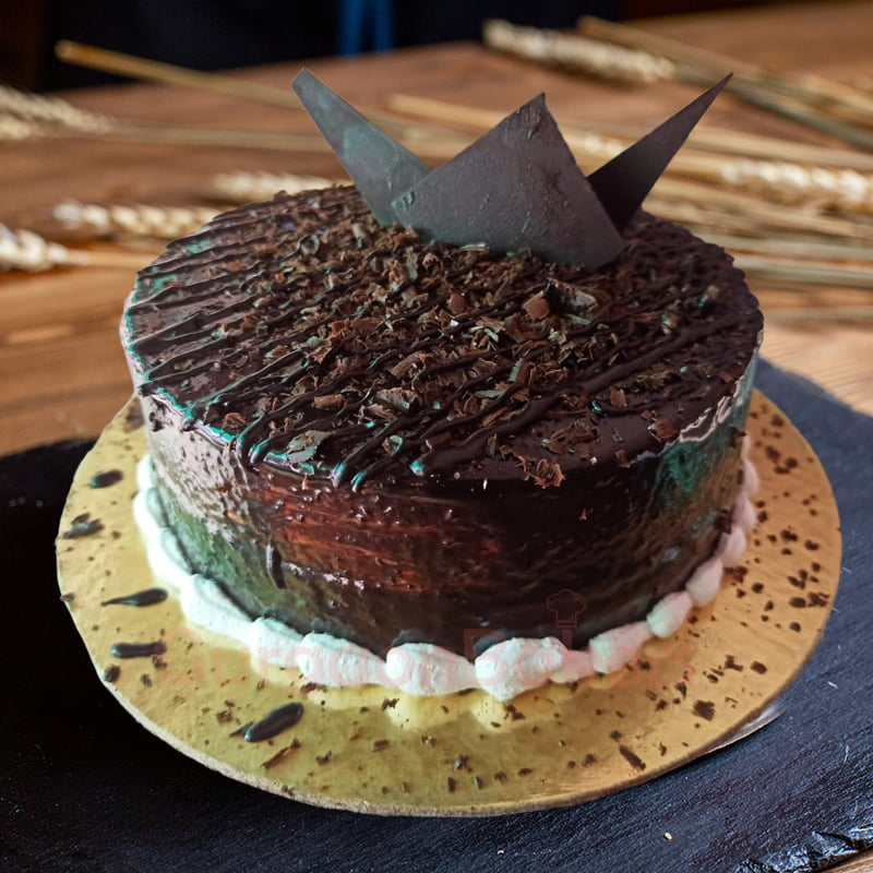 scandalous chocolate dreams cake