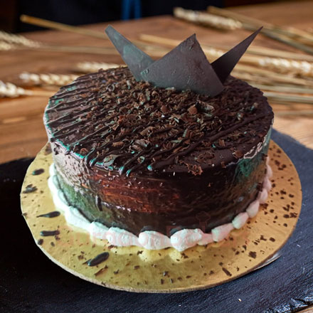 scandalous chocolate dreams cake1