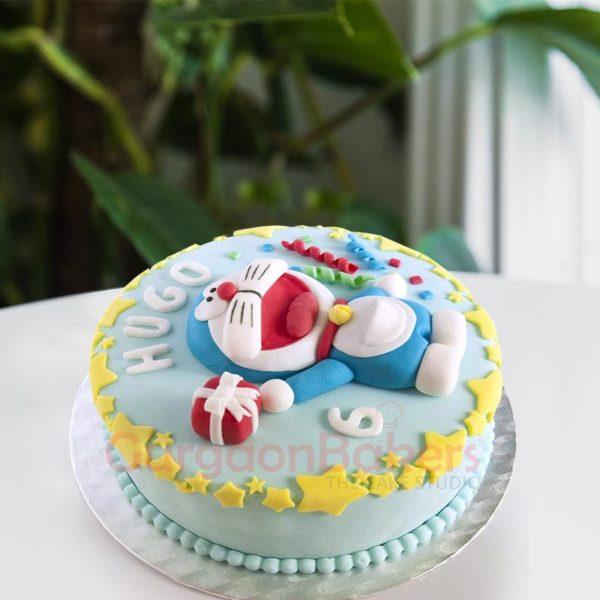 Fondant Doremon Cake