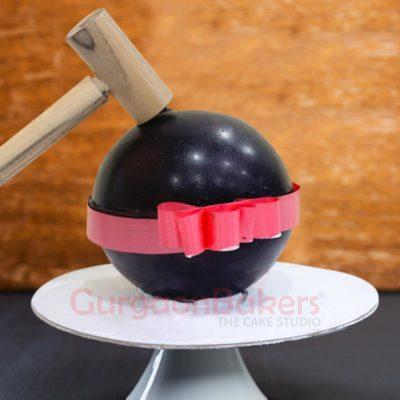 Sphere Pinata Cake