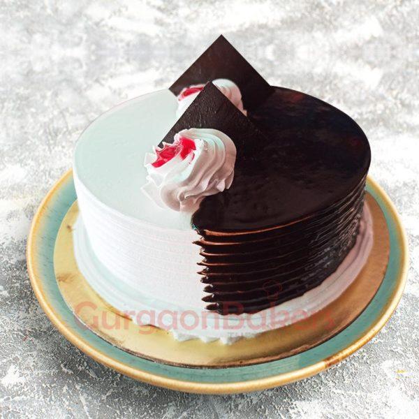 Chocolate Vanilla Combo Cake