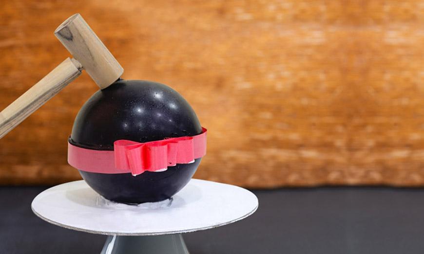 hidden-surprise-pinata-cake