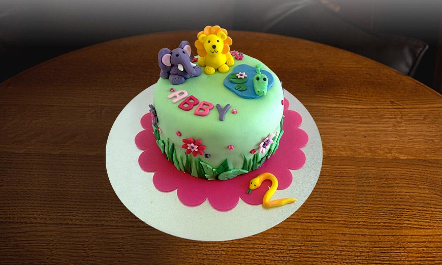 jungle-themed-cakes