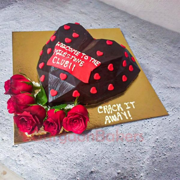 3D Pinata Chocolate Heart Cake Side View