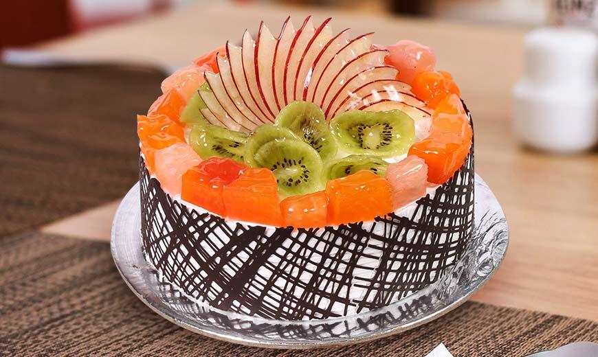 fresh-fruit-cake